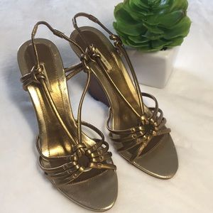 NWOT Max Studio Gold Copper Sexy Wedge Sandle